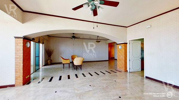 VR Global Property ขายคอนโด Royal Castle Pattanakarn รอยัล คาสเทิล พัฒนาการ