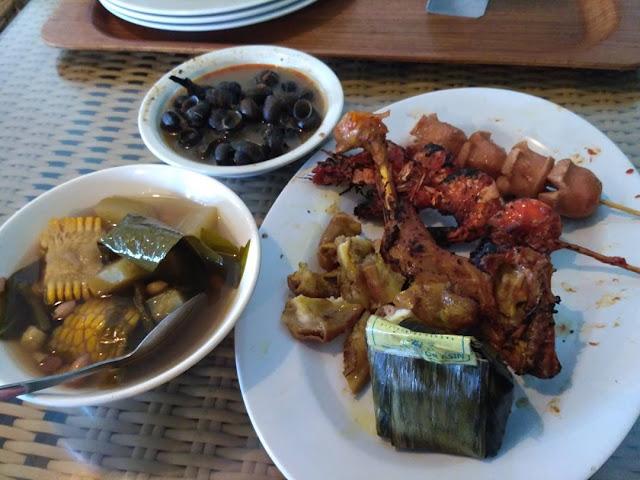 Rumah Makan Ampera - wisata kuliner bandung murah meriah