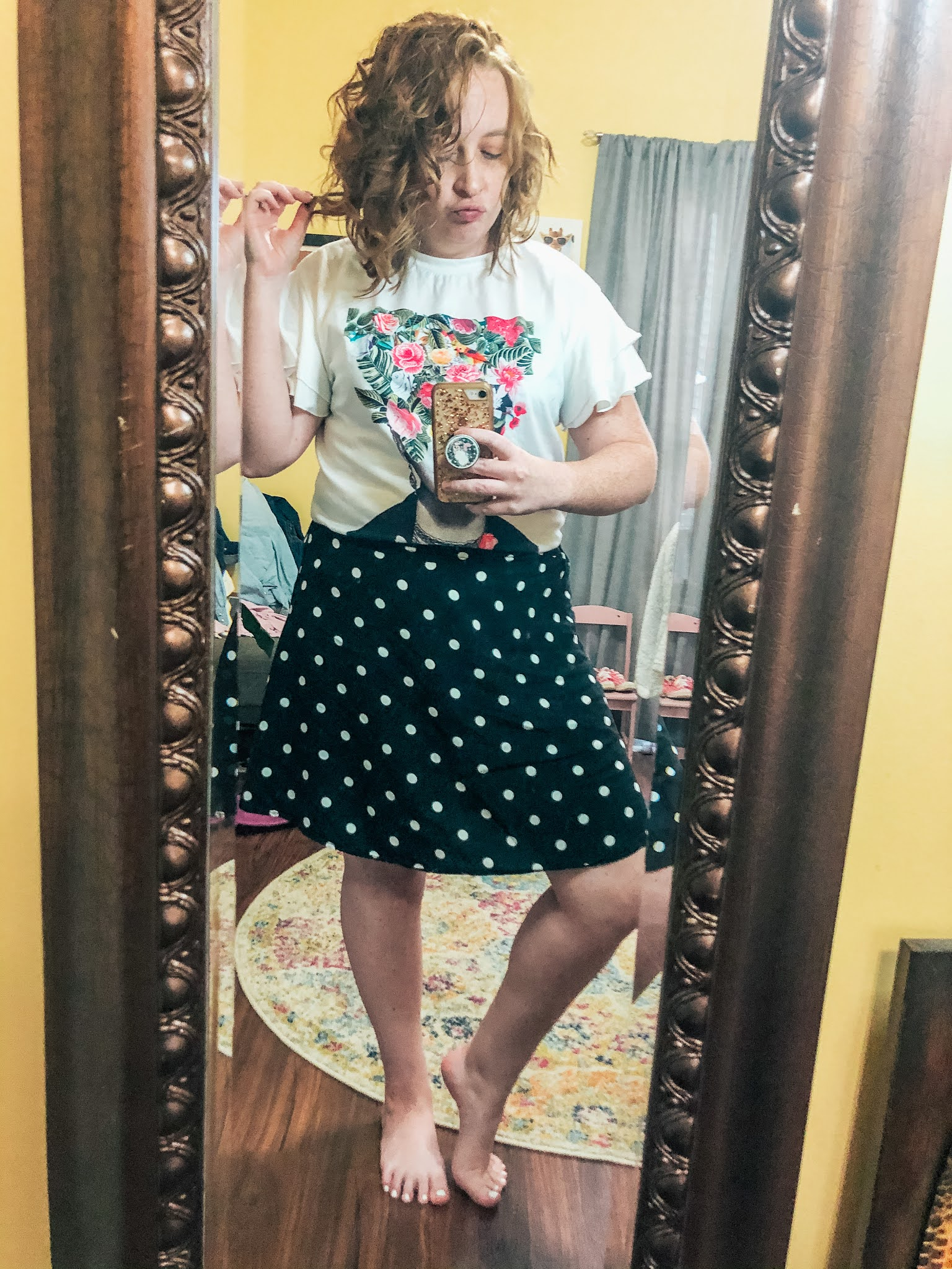 frida-kahlo-shirt-polka-dot-skirt