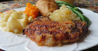 Pork Chops & Apple Sauce