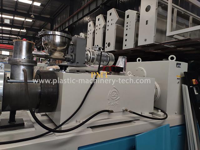 Plastic extruder extrusion machine