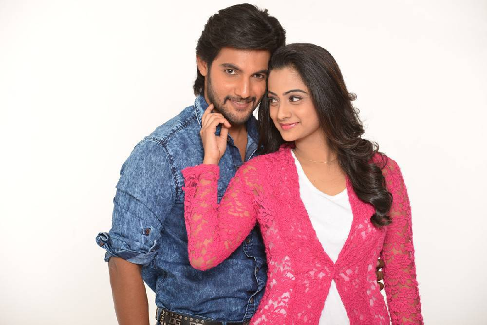 Aadi's Chuttalabbai Telugu Movie Latest Photos Gallery