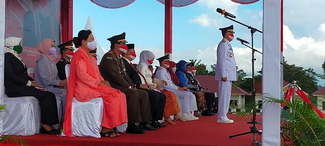 Bupati Natuna Bertindak Sebagai Inspektur Upacara Detik-Detik Proklamasi Kemerdekaan RI ke-76