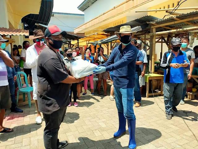 Rayakan 4 Tahun Kepemimpinan GSVL - MOR , Walikota serahkan Doorprize di Pasar Restorasi