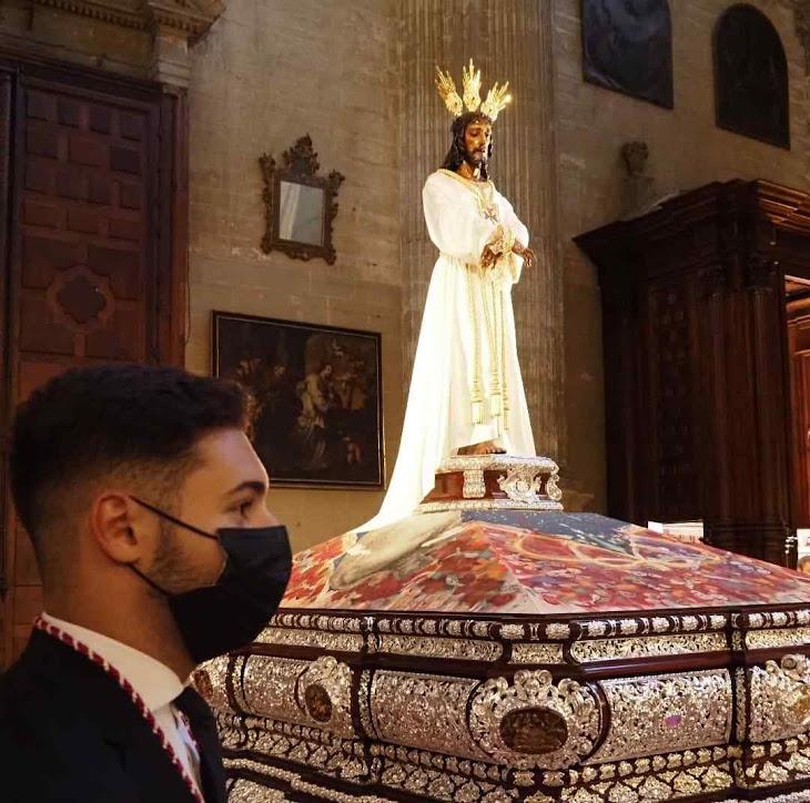 'Jesús Cautivo', conhecido como 'Senhor de Málaga' no andor na catedral