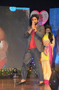Allu Arjun at Oka Manasu Audio launch-thumbnail-17