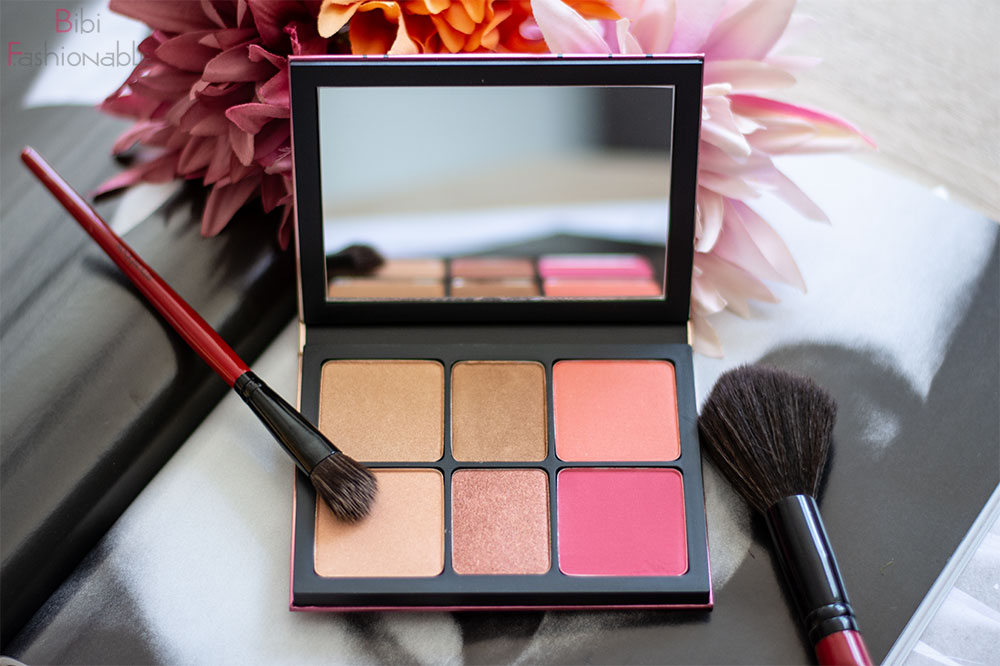 Smashbox Cali Kissed Highlight und Blush Palette offen