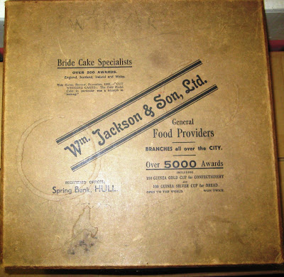 Wm. Jackson of Hull cake box circa 1923