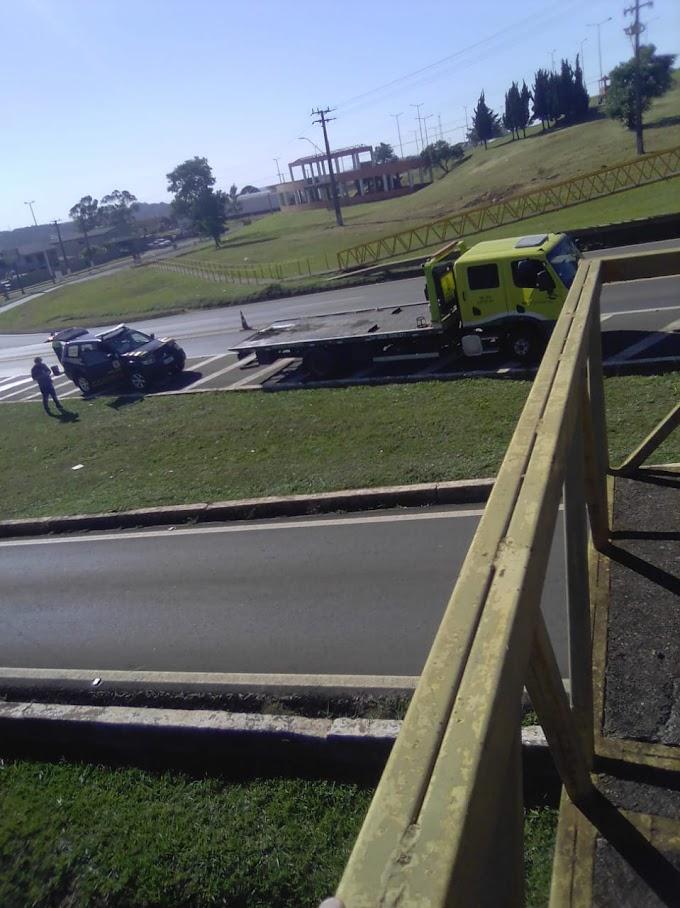 Laranjeiras do Sul: Duas viaturas policiais se envolvem em acidente no trevo da BR 277