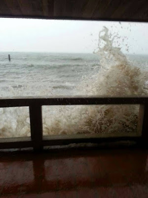 Storm rages over Koh Samui