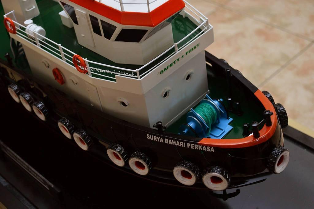 desain sketsa miniatur kapal tugboat milik pelayaran pt surya bahari perkasa rumpun art work planet kapal jakarta indonesia