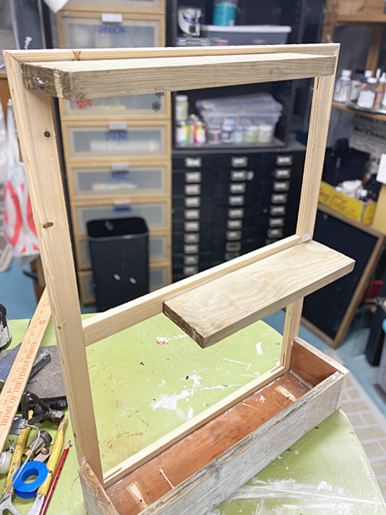 planter box with shelves for plants