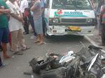 Sepeda Motor Tabrak Mobil CRV dan L300 di Simalungun, 1 Orang Tewas