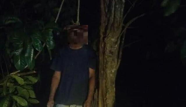 Sosok Mayat Pria Ditemukan Tergantung di Pohon Hutan Duriangkang