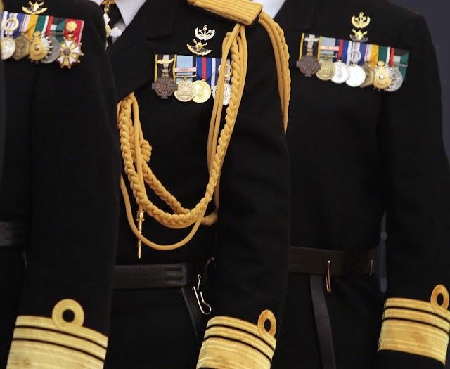 Αυτεπάγγελτη αποστρατεία Αξιωματικών του ΠΝ (ΑΠΟΦΑΣΗ)