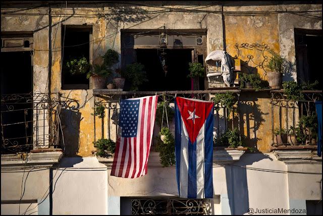 """Cuba salió hoy oficialmente de la """"lista negra"""" del terrorismo de EE.UU. US and Cuba new era of peace"""