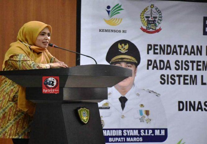 Tingkatkan Akses Kesejahteraan Sosial Masyarakat Kurang Mampu, Wakil Bupati Hj Suhartina Bohari Buka Bimtek SLRT