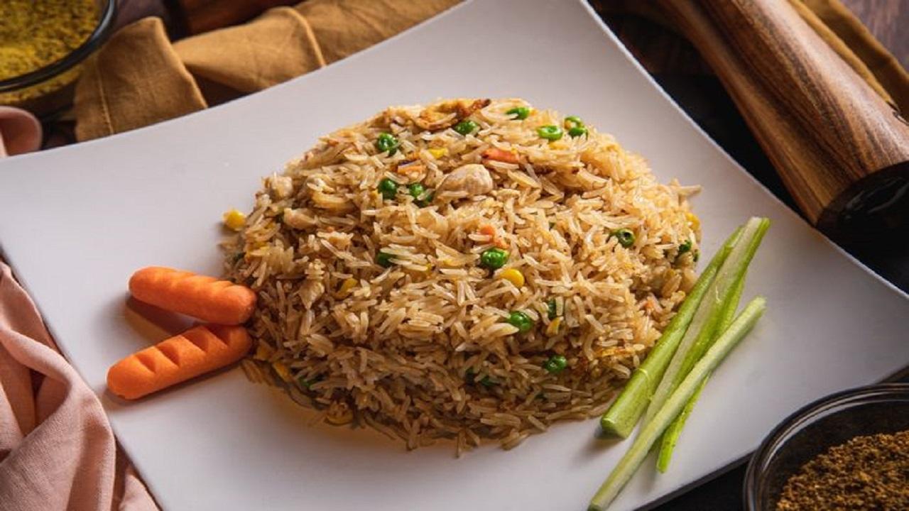 Arti Mimpi Makan Nasi Kuning Sampai Nasi Basi Menurut Primbon Jawa yang Harus Diwaspadai, Bakal Ada Anggota Keluarga yang Meninggal?