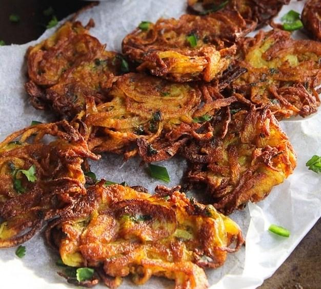 ONION BHAJIS #vegansnack #glutenfree