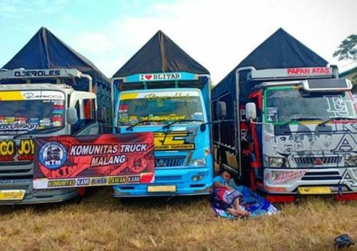 Sewa Truk dari Malang ke Jakarta