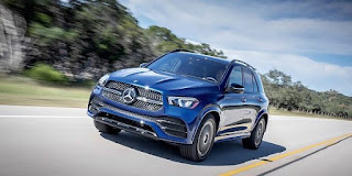 Daimler drops gas engines, focuses on electric cars
