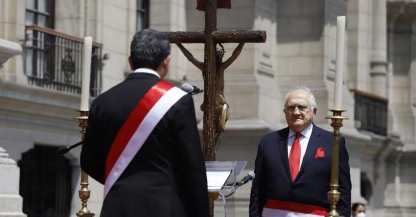MINEDU: Fernando Antonio D'Alessio Ipinza juramentó como nuevo Ministro de Educación - www.minedu.gob.pe