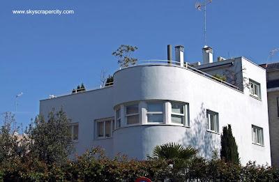 Casa residencial estilo Racionalista en Madrid, España