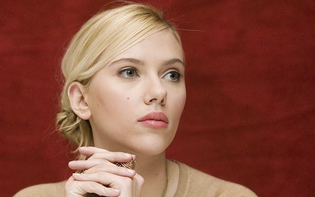 Scarlett Johansson - Celeb 13