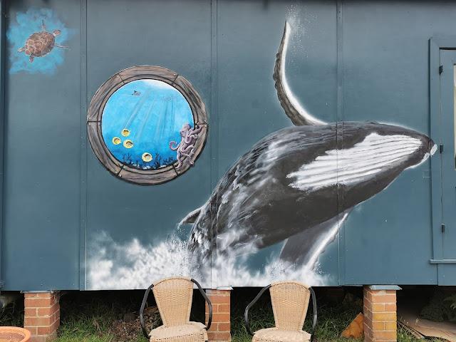 Hazelbrook Street Art | Stephanie Seargentson & Ashlee Busholtz