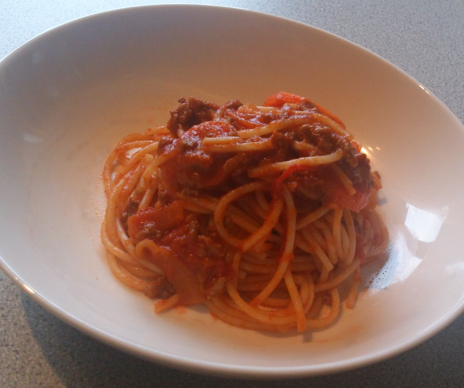 CookTing Phoebe: 蕃茄肉醬意粉 Bolognese Spaghetti