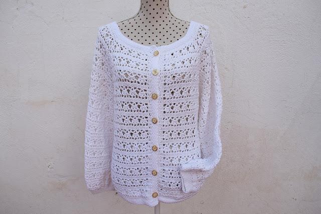 5 - Crochet Imagen Chaqueta blanca a crochet y ganchillo por Majovel Crochet