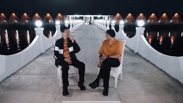 YouTube menghapus video Anji berjudul 'Bisa Kembali Normal? Obat COVID-19 Sudah Ditemukan!! (Part 1)' yang diunggah pada 31 Juli 2020. Video tersebut berisi diskusi Anji mengenai obat Covid-19 bersama Hadi Pranoto yang disebut sebagai pakar mikrologi