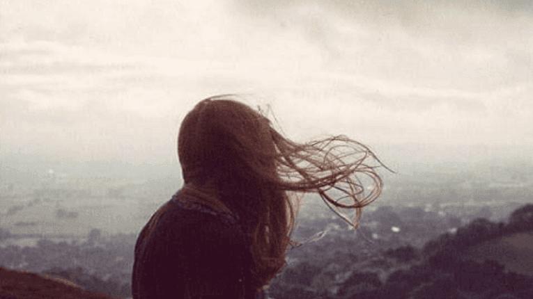 Kenapa Cewek Menangis Karena Putus Cinta