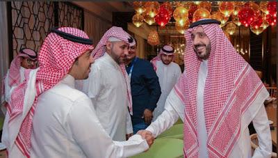 هل يتدخل اتحاد الكرة السعودي في عمل بيتزي.. الفواز يجيب
