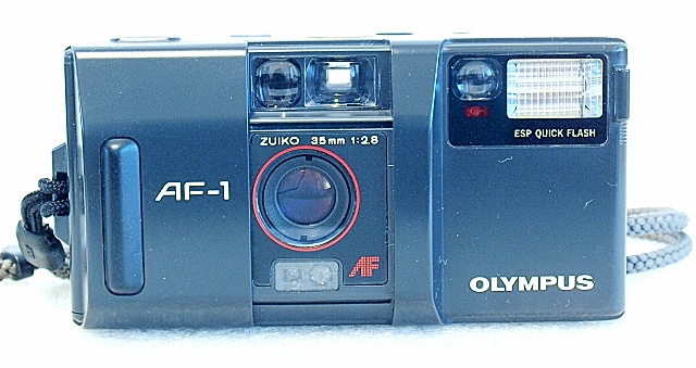 Olympus AF-1, Front
