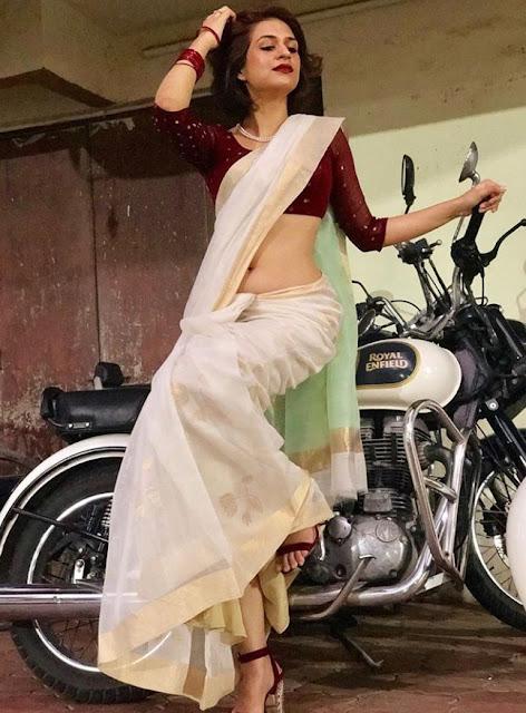Shraddha Das Hot Navel