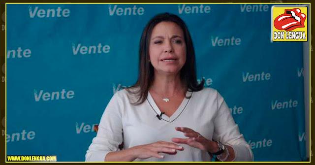 María Corina Machado le pide a Guaido que asuma la presidencia como manda la ley