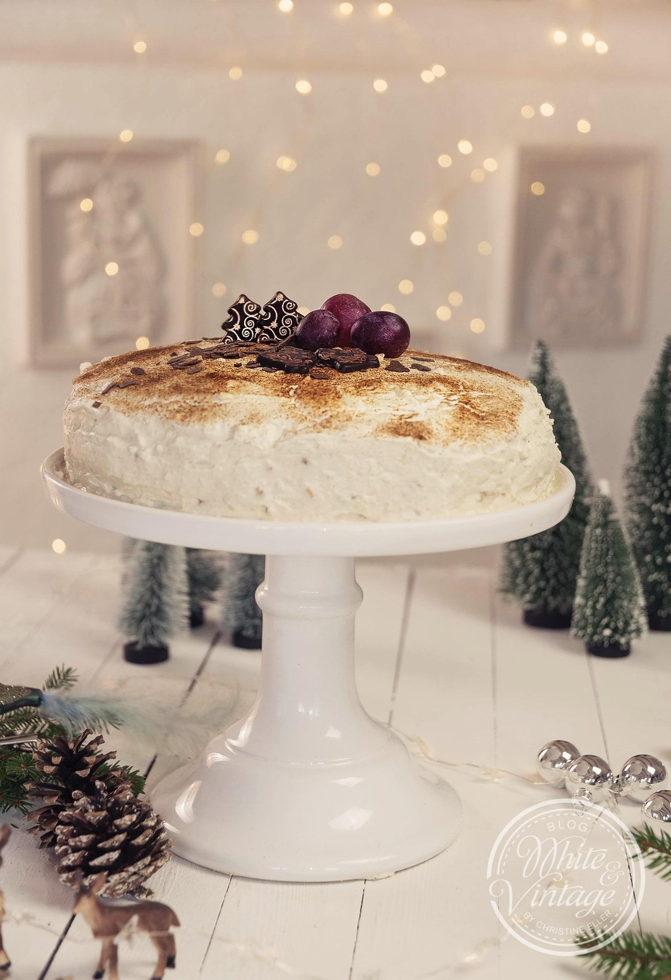 Rezept für eine einfache Weihnachtliche Torte.