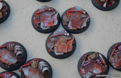Peanas 'Scrapyard' de MicroArt pintadas