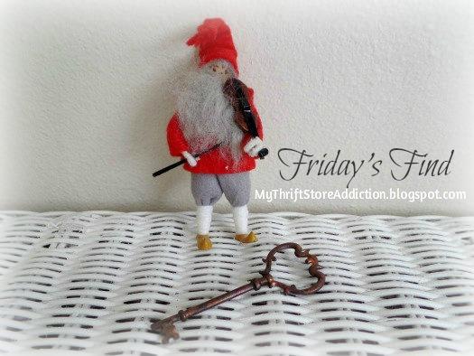 Vintage Santa with fiddle