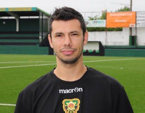 «Será um prazer representar um clube histórico», afirma o reforço ex-Coimbrões