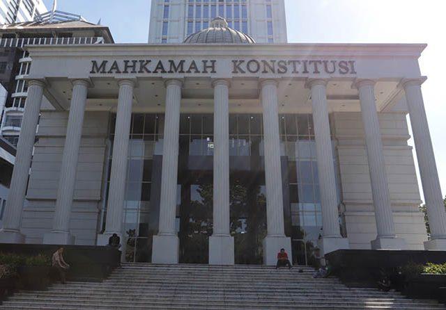 Presiden Jokowi Terima 3 Nama Bakal Calon Hakim MK