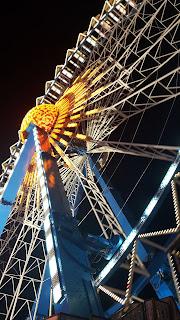 Oktoberfest Riesenrad bei Nacht