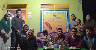 Peringati HPI, Komunitas Tepak Sirih Gelar Karya Puisi Secara Sederhana