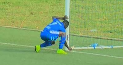 Gempar Pemain Bola Asal Afrika Ini Diduga Pakai 'Guna-Guna' Untuk Bikin Gol