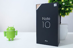 Unboxing the Mi Note 10 Pro