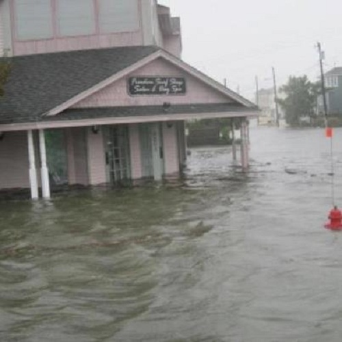 Seas the Day: Some residents fear Hurricane Sandy
