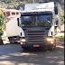 Videos – Mais uma carreta não consegue contornar curva em Herval d´Oeste