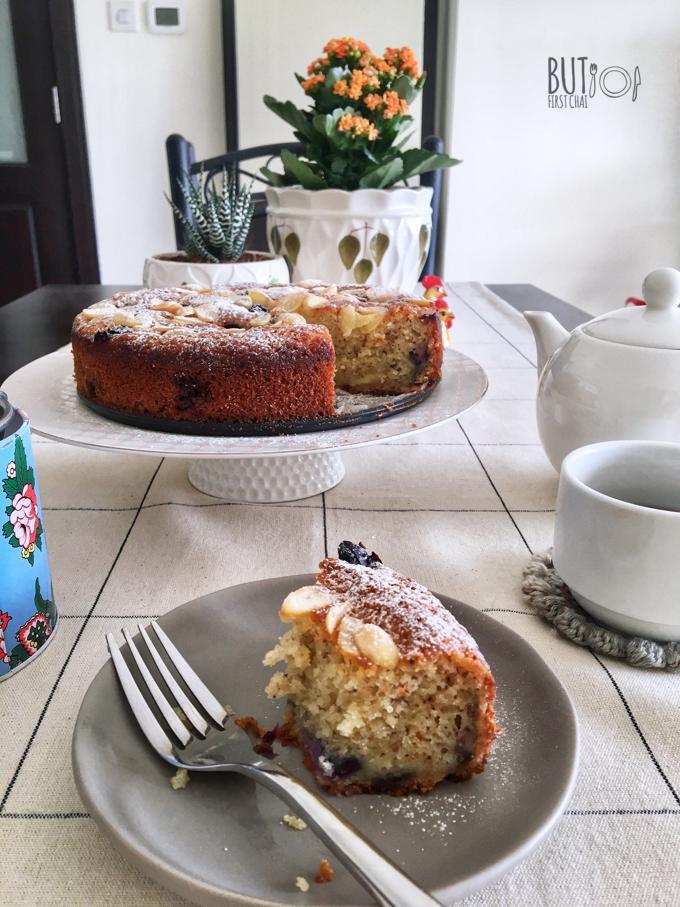 Blueberry Banana Almond Coffee Cake