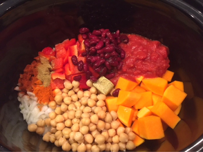 Slow Cooker chilli ingredients in slow cooker